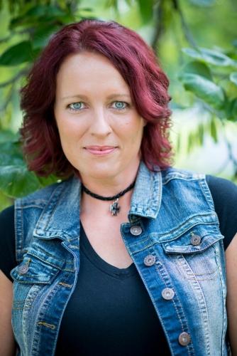 Author Head Shot Amy copy